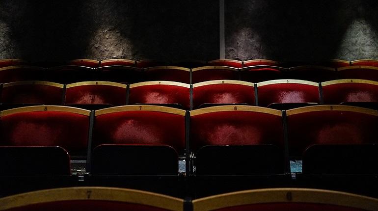 В сети появился видеоролик с моментом смерти артиста Большого театра, придавленного декорацией