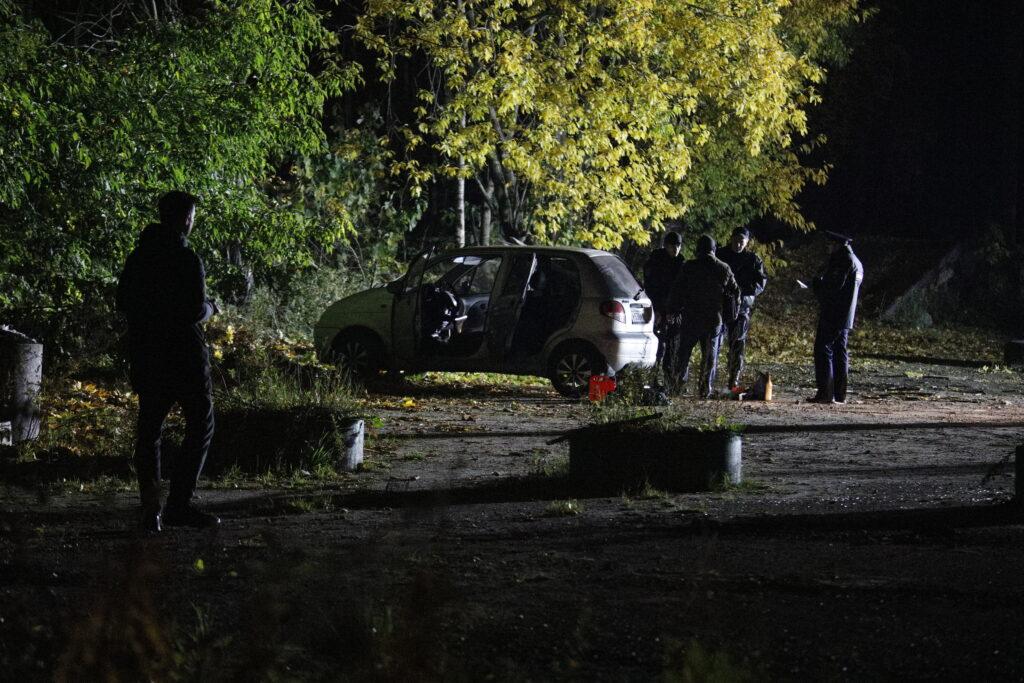 Три авто проверили на наличие бомбы на территории Бадаевских складов