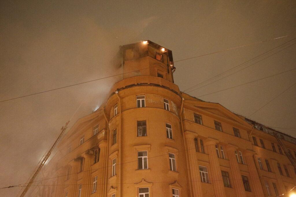 Возбуждено дело о пожаре в доме Чубакова