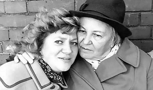 В Петербурге скончалась сестра Галины Старовойтовой