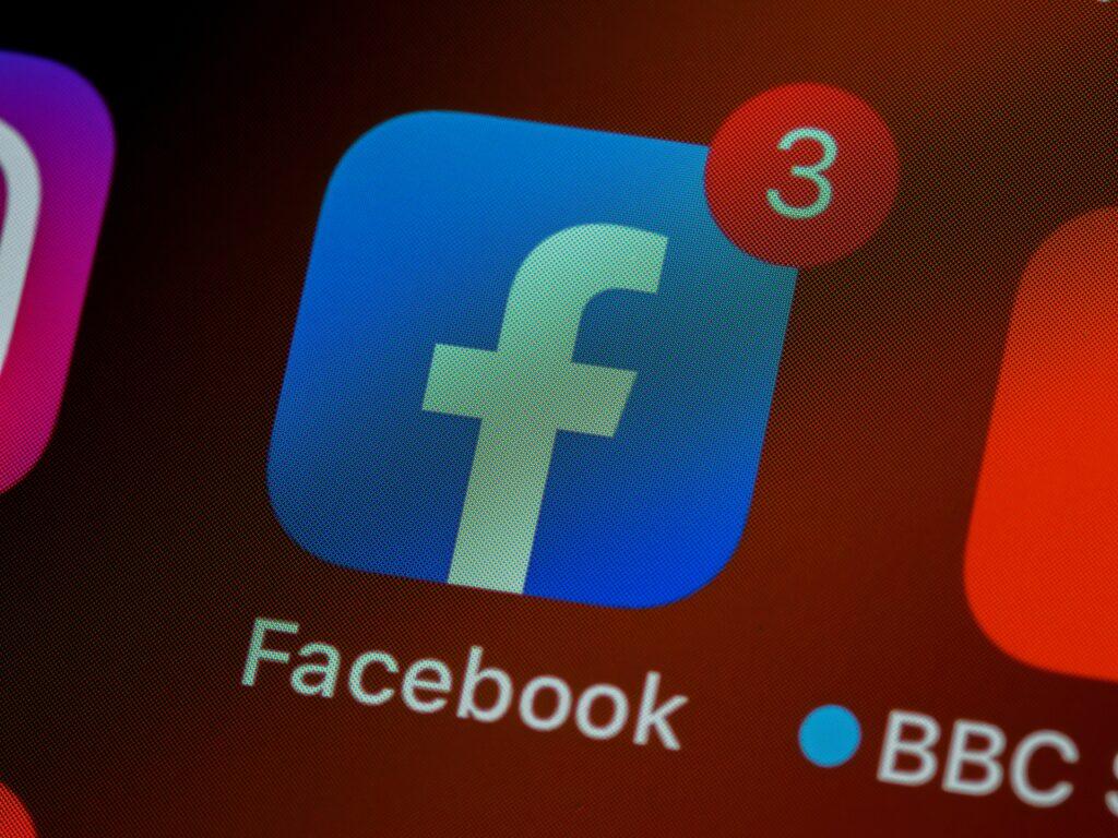 Сбой в работе Facebook стал крупнейшим за все время существования