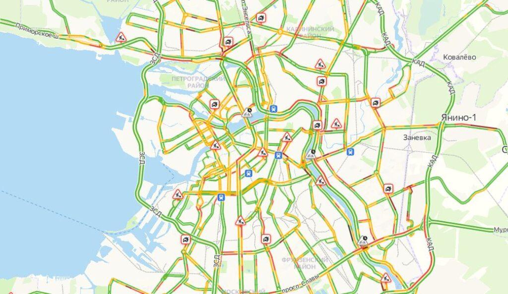 Утром среды в Петербурге пятибалльные пробки