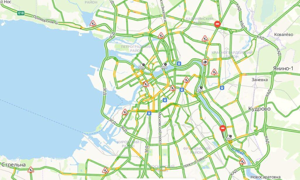 Петербург спит: воскресным утром пробки оцениваются в один балл