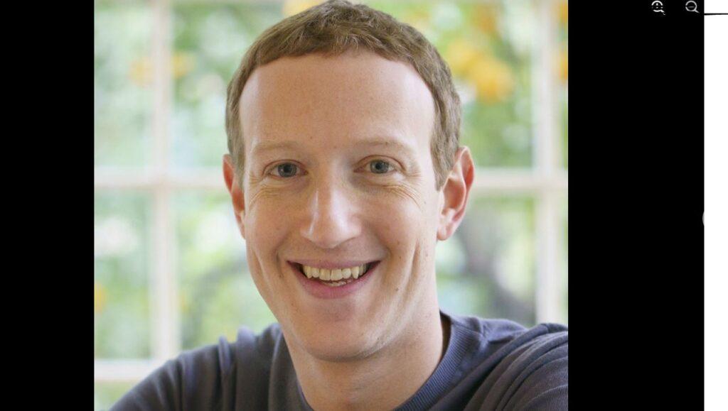 Цукерберг извинился в Facebook за семичасовой сбой в работе соцсетей