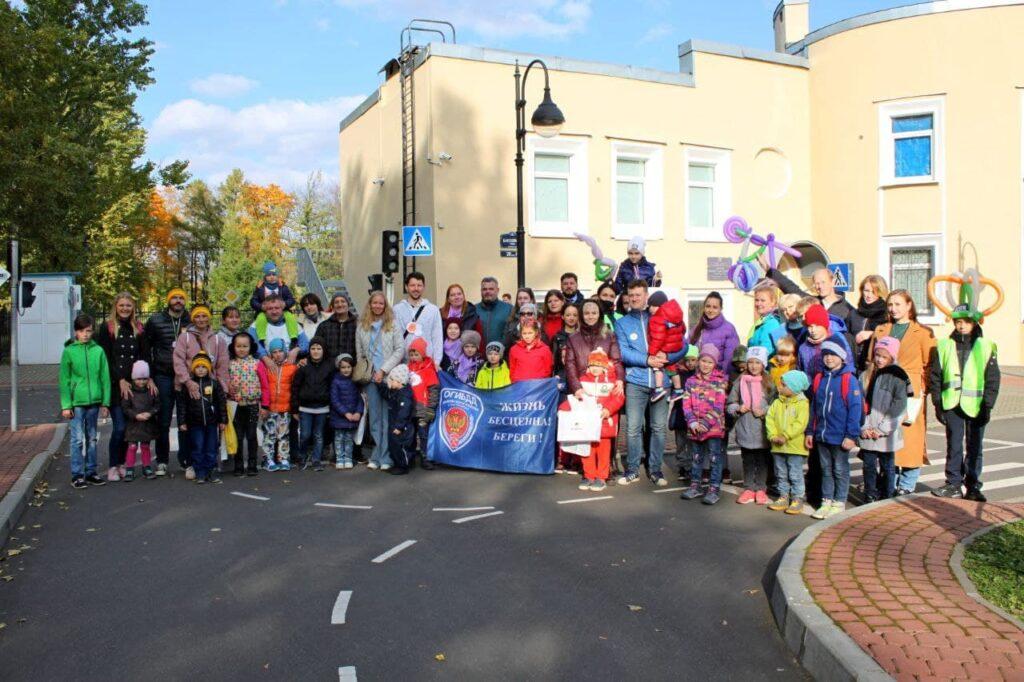 «Роснефть» и семьи Санкт-Петербурга за безопасность на дорогах