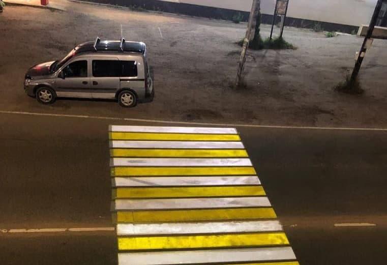 Лазерный пешеходный переход в Первомайском заработал до первого отключения электричества