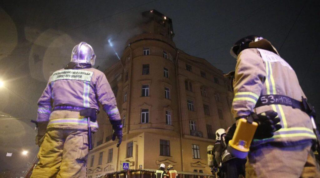 Пожар в доме Чубакова, потерявшийся кот музея Ахматовой и мины времен войны у Дудергофки: главное 9 октября